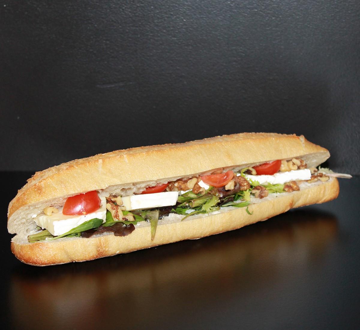 Sandwich Brie et Noix